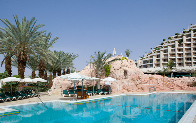 dan eilat relaxation pool picture