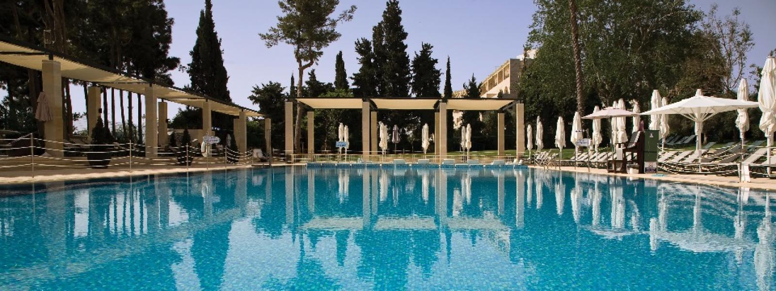 King david jerusalem hotel for Hotels in jerusalem with swimming pool