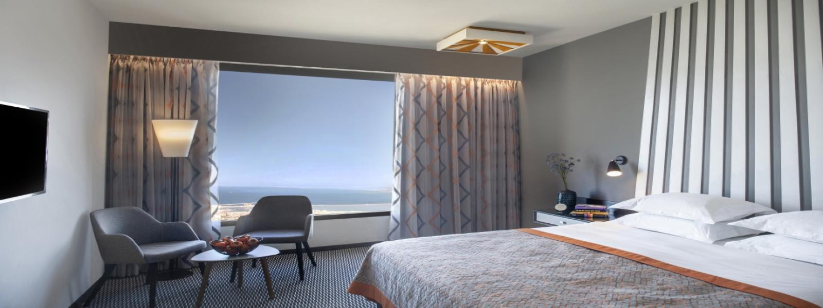 Executive Bay View Room picture