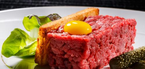 Tartare beef fillet picture